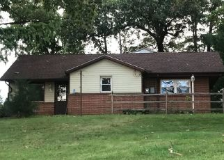 Foreclosed Home in Red Lion 17356 JEFFERSON LN - Property ID: 4312028919