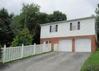 Foreclosed Home in Red Lion 17356 S FRANKLIN ST - Property ID: 4312032407