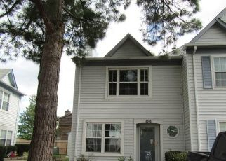 Foreclosed Home in Virginia Beach 23456 SALEM TER - Property ID: 4312037672