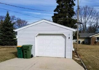 Foreclosed Home in Fond Du Lac 54935 ARLINGTON AVE - Property ID: 4312093737