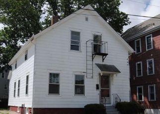 Foreclosed Home in Pawtucket 02860 LUCAS ST - Property ID: 4312169946