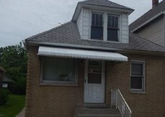 Foreclosed Home in East Chicago 46312 READING AVE - Property ID: 4312421326