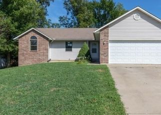 Foreclosed Home in Topeka 66618 NW CHERRY CREEK DR - Property ID: 4312558415