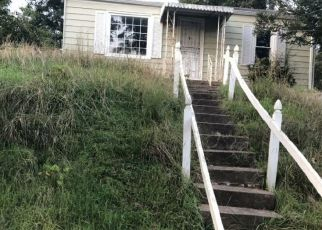 Foreclosed Home in Bristol 24201 SOUTH ST - Property ID: 4312625876