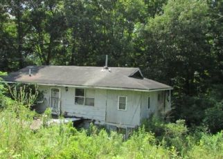 Foreclosed Home in Bristol 24202 COWAN DR - Property ID: 4312639441