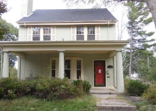 Foreclosed Home in Danville 61832 SHERIDAN ST - Property ID: 4312669218
