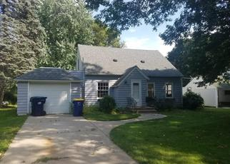 Foreclosed Home in Northfield 55057 OAK ST - Property ID: 4312703383