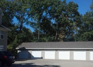 Foreclosed Home in Peoria 61604 W DORCHESTER RDG - Property ID: 4312760769
