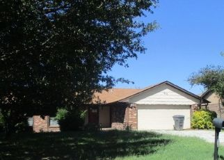 Foreclosed Home in Ardmore 73401 WILDEWOOD DR - Property ID: 4312786605