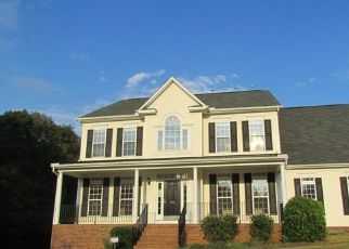 Foreclosed Home in Fountain Inn 29644 HARTWICK LN - Property ID: 4312801492