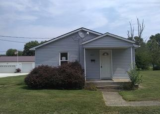 Foreclosed Home in Jerseyville 62052 CLEVELAND ST - Property ID: 4312802366