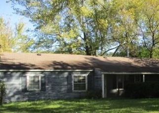 Foreclosed Home in Muncie 47304 W GARVER DR - Property ID: 4312821646