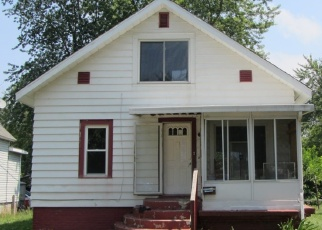 Foreclosed Home in Michigan City 46360 HAYES AVE - Property ID: 4312837407