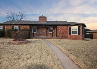 Foreclosed Home in Elk City 73644 W C AVE - Property ID: 4312853620