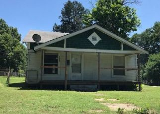 Foreclosed Home in Henryetta 74437 W MADISON ST - Property ID: 4312855813