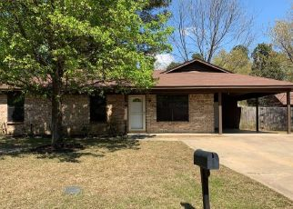 Foreclosed Home in Nash 75569 ROBIN DR - Property ID: 4312893917