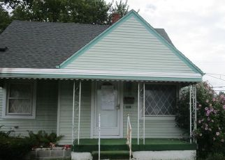 Foreclosed Home in Westland 48186 S MIDDLEBELT RD - Property ID: 4312927633