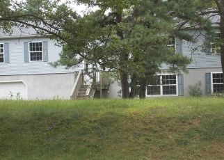 Foreclosed Home in Jim Thorpe 18229 ROBERTSON RD - Property ID: 4313017414