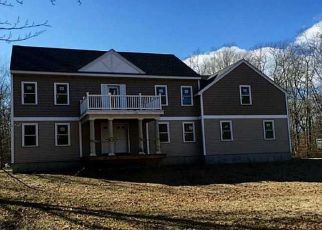 Foreclosed Home in Tiverton 02878 LAKE RD - Property ID: 4313081354