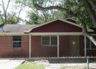 Foreclosed Home in Brunswick 31520 BARTOW ST - Property ID: 4313094946