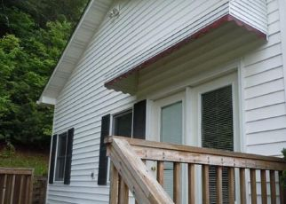 Foreclosed Home in Brevard 28712 CATHEYS CREEK CHURCH RD - Property ID: 4313104126