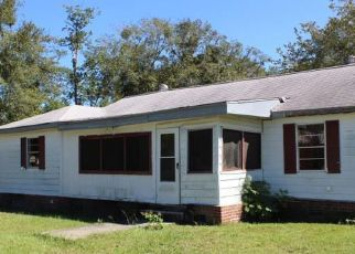 Foreclosed Home in Jesup 31546 N PALM ST - Property ID: 4313148816