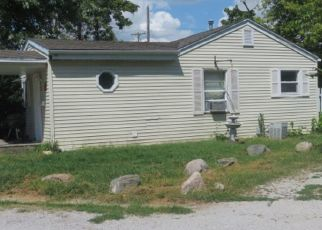 Foreclosed Home in Pana 62557 BEYERS AVE - Property ID: 4313150561