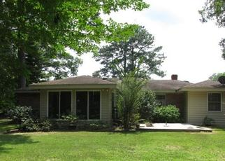 Foreclosed Home in Kilmarnock 22482 VENABLE DR - Property ID: 4313208818