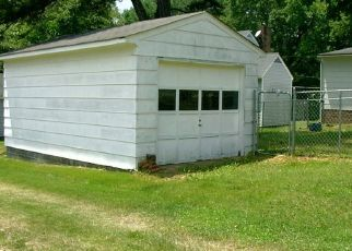 Foreclosed Home in Victoria 23974 10TH ST - Property ID: 4313211890