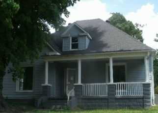 Foreclosed Home in Central City 42330 N 4TH ST - Property ID: 4313258747