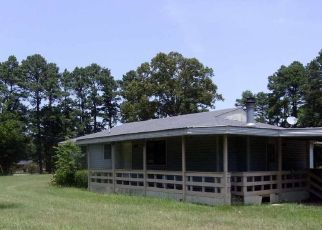 Foreclosed Home in De Berry 75639 COUNTY ROAD 3224 - Property ID: 4313302987