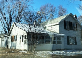 Foreclosed Home in Bear Creek 54922 US HIGHWAY 45 - Property ID: 4313315677