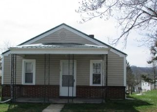 Foreclosed Home in Marion 24354 WOLFE AVE - Property ID: 4313321815