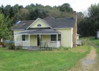 Foreclosed Home in Chilhowie 24319 SAINT CLAIRS CREEK RD - Property ID: 4313324882