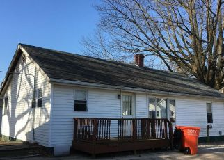 Foreclosed Home in Vandalia 62471 S MORELAND ST - Property ID: 4313358153
