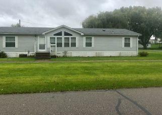 Foreclosed Home in Randalia 52164 OAK ST - Property ID: 4313398901