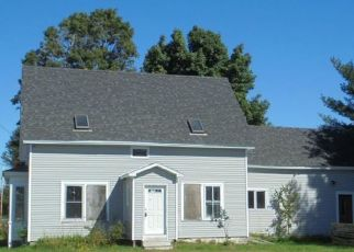 Foreclosed Home in Norridgewock 04957 SANDY RIVER RD - Property ID: 4313453190