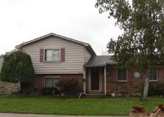 Foreclosed Home in Clinton Township 48038 KUECKEN ST - Property ID: 4313527209