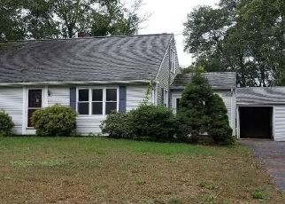 Foreclosed Home in Enfield 06082 ABBE RD - Property ID: 4313541674