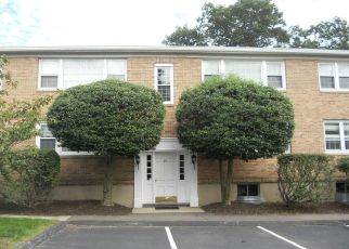 Foreclosed Home in New Canaan 06840 HERITAGE HILL RD - Property ID: 4313555689