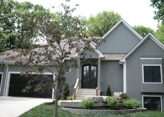 Foreclosed Home in Shawnee 66216 W 49TH TER - Property ID: 4313563122