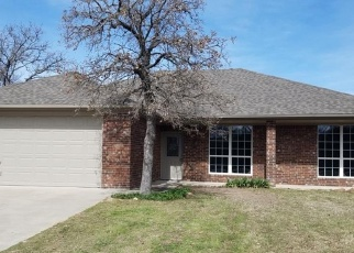 Foreclosed Home in Weatherford 76088 HOWARD RD - Property ID: 4313704600
