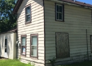 Foreclosed Home in Oxford 53952 S OXFORD ST - Property ID: 4313715543