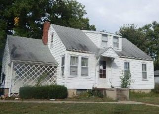 Foreclosed Home in Greenville 62246 S 6TH ST - Property ID: 4313853506