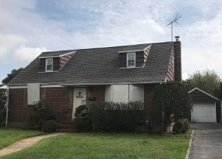 Foreclosed Home in Valley Stream 11580 BIRCHWOOD DR W - Property ID: 4313921838