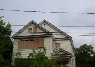 Foreclosed Home in Syracuse 13203 HAWLEY AVE - Property ID: 4313968699