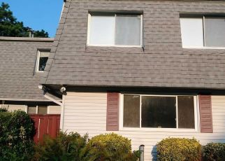 Foreclosed Home in Central Islip 11722 FELLER DR - Property ID: 4314041395