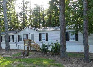 Foreclosed Home in Scottsboro 35769 SANTA BARBARA DR - Property ID: 4314064160