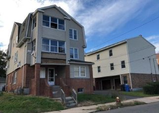 Foreclosed Home in Hartford 06114 GEORGE ST - Property ID: 4314254696
