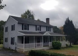 Foreclosed Home in Winchendon 01475 LAKESHORE DR - Property ID: 4314347992
